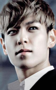 "TOP ""yes... I know I'm beautiful"""