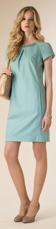 Luisa Spagnoli Online Shop: online sale of Luisa Spagnoli women's clothing, bags and accessories. Check out the Luisa Spagnoli women's fashion collection! Simple Dresses, Pretty Dresses, Short Dresses, Summer Dresses, Dresses Uk, Blouse Dress, Knit Dress, Lace Dress, Modest Fashion