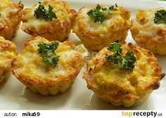 Chleba ve vajíčku jinak recept - TopRecepty.cz Czech Recipes, Ethnic Recipes, Frittata, Baked Potato, Cauliflower, Healthy Life, Paleo, Food And Drink, Low Carb