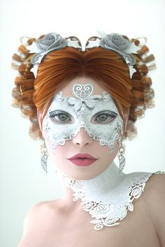 Creative wonderland mask and hair #whitewonderland