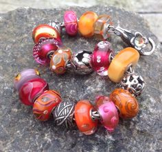 Trollbeads bracelet from a Trollbeadsgallery forum member. I love these vibrant tropical colours! :)