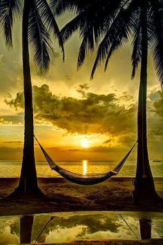 ¿Un momento de relajo? Un atardecer soñado en Hawaii. #TRIOplaces (Foto: 99 Travel Tips)