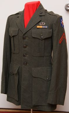 Marine Corps Uniforms, Marines Uniform, Ww2 Uniforms, Us Marine Corps, Us Marines, Military Uniforms, Military Jacket, Usmc, World War Two