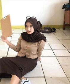 Doa Islam, Muslim Women, Hijab Fashion, Celebrities, Hot, Sexy, Womens Fashion, Stuff To Buy, Gallery