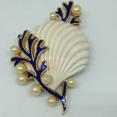 RARE Signed TRIFARI Vintage UNDER THE SEA BROOCH PIN Coral Seashell Seaweed #Trifari