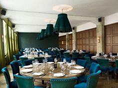 House of Turquoise: Soho House Berlin Restaurant Tables, Cafe Restaurant, Restaurant Design, Back Bar Design, Soho House Berlin, Chicago, House Of Turquoise, Hospitality Design, Luxury Interior Design