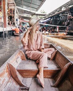 In this post you will read some very useful info about the beautiful city of Bangkok. Have fun the article and have fun your travel in Bangkok. Floating Market Bangkok, Bangkok Market, Bangkok Shopping, Bangkok Travel, Nightlife Travel, Bangkok Thailand, Thailand Travel, Asia Travel, Thailand Nightlife