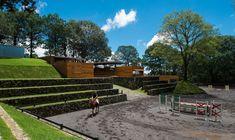 APT arquitectura para todos: equestrian center in cuernavaca Equestrian Stables, Horse Stables, Horse Farms, Dream Stables, Dream Barn, Horse Arena, Indoor Arena, Horse Ranch, Horse Property