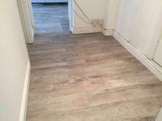 Lino floor in a small room Hardwood Floors, Flooring, Grey Oak, Tile Floor, Room, Wood Floor Tiles, Bedroom, Wood Flooring, Tile Flooring