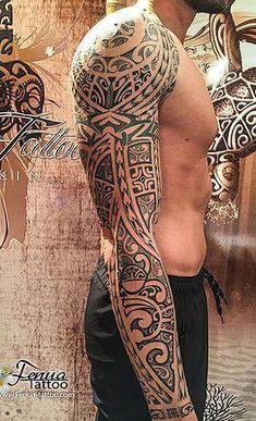 tatouage polynesien maorie tribal epaule bras fenua tattoo #Maoritattoos
