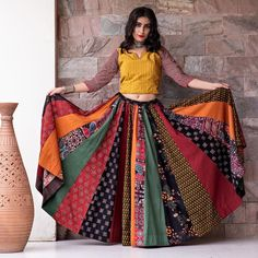 New Chaniya Choli & Blouse Designs for Navratri 2019 - LooksGud.in Multicolor kalidar Printed Chaniya Choli For Navratri Lehenga Choli Designs, Ghagra Choli, Choli Blouse Design, Blouse Designs, Garba Dress, Navratri Dress, Lehnga Dress, Chaniya Choli For Navratri, Indian Gowns Dresses