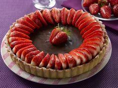 Avec les lectrices reporter de Femme Actuelle, découvrez les recettes de cuisine des internautes : Tarte choco-fraise