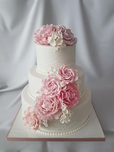 Wedding Cake In Pink by Katka - http://cakesdecor.com/cakes/259660-wedding-cake-in-pink