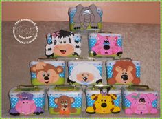 VRPC Artesanatos II: Maletinhas feita com pote de sorvete decorados com... Diy And Crafts, Crafts For Kids, Coffee Container, Ideas Para, Toy Chest, New Baby Products, Safari, Lunch Box, Crafty