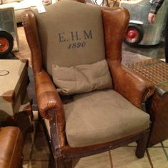 Leather and Burlap Wing-back chair. Love the burlap. Recycled Furniture, Home Furniture, Contemporary Kitchen Backsplash, Leather Wingback Chair, Cool Chairs, Chair Design, Slipcovers, Rustic Decor, Burlap