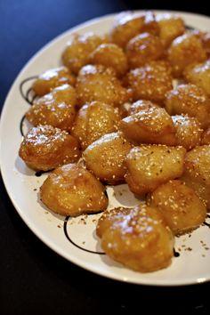 Greedy Gourmand: Sofia's Kitchen - Greek Doughnuts (Tsirihta- Pontian)
