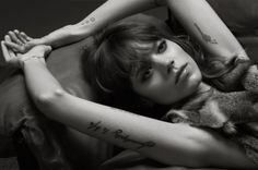 placement on the arm ... Freja <3