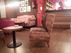 Otra mesita encantadora del Café Lungo