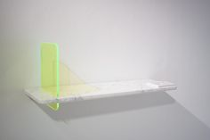 Stock Collection rencontre entre plexiglas et marbre par Giorgia Zanellato.