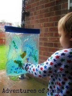 Fish Tank Sensory Bag – Day 11 Toddler Play Challenge   http://adventuresofadam.co.uk/fish-tank-sensory-bag-day-11/