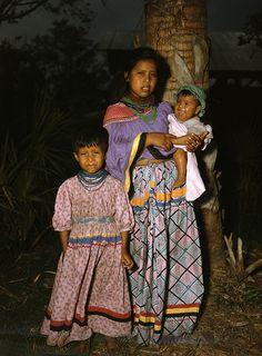 Seminole mother and children: Brighton Reservation, Florida, 1949 Native American Photos, Native American Indians, Native Americans, Florida Style, Old Florida, Seminole Patchwork, Seminole Indians, Seminole Florida, Mother And Child