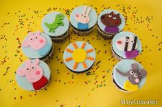 Bolo Da Peppa Pig, Pig Cupcakes, 3rd Birthday Parties, Pig Birthday, Tropical Party Decorations, George Pig, Fondant Cookies, Party Themes, Party Ideas