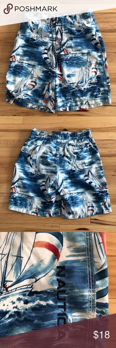 Men's Nautical Swim Trunks Men's Nautical Swim Trunks, size MEDIUM. In very gently used condition, worn maybe 1-2 times. Ties to tighten waist as pictured with inner mesh lining. Feel free to make a reasonable offer! :) Nautica Swim Swim Trunks