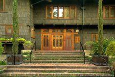 entry, Gamble House, Greene and Greene architects