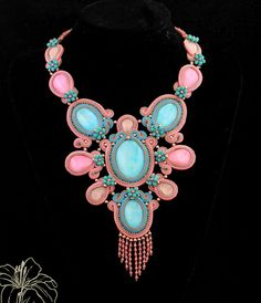 soutache necklace | author: Zuzana Hampelova Valesova (Lillian Bann) | www.z-art-eshop.cz | http://www.facebook.com/pages/Z-ART/539656212733510