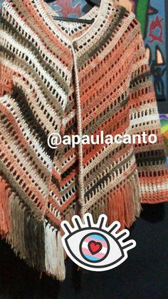 Hoje trago trabalhos entregues em Julho, só tinha postado no meu Instagram, para acompanhar clique AQUI O gráfico de base, utilizado par... Poncho Au Crochet, Crochet Poncho Patterns, Crochet Jacket, Hand Crochet, Knit Crochet, Crochet Capas, Summer Knitting, Crochet Designs, Crochet Clothes