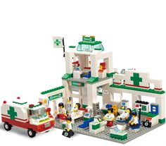 (27.99$)  Buy here - http://ai8w7.worlditems.win/all/product.php?id=32583683669 - Sluban City Series Simulation City Hospitals Emergency Center Construction Plastic Model Building Block Bricks Set Toys Gifts