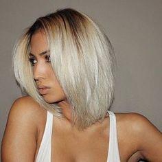 HAIRSPIRATION| Love this #platinum bob ✂️ on @marissa❤️ So chic#voiceofhair