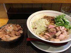 麺庵ちとせ ねぎ油そば 大盛り 肉ごはん ¥700、¥100、¥200