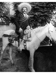 Junio 5 de 1878  | Nace Doroteo Arango Arámbula, Pancho Villa, en la Hacienda del Río Grande, en San Juan del Río, Durango.  | #Memoria #Politica de #Mexico  | (Biografía) http://memoriapoliticademexico.org/Biografias/VIF78.html