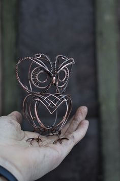 Items similar to Owl Sculpture - Mini real wire wrapped owl - Metal owl on Etsy Wire Jewelry Rings, Wire Jewelry Designs, Owl Jewelry, Wire Wrapped Jewelry, Jewelry Ideas, Copper Jewelry, Jewellery, Jewelry Patterns, Jewelry Bracelets