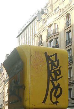 Budapest, Aldo, Broadway Shows, Company Logo, Watch, Youtube, Clock, Bracelet Watch, Clocks