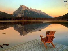 Oh How I'd love to be sitting in this chair.  What a view