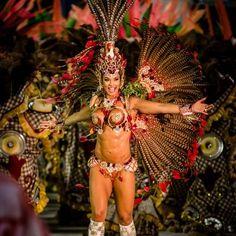 Carnival Girl, Creepy Carnival, Diy Carnival, Brazil Carnival, Carnival Outfits, Carnival Festival, Vintage Carnival, Carnival Signs, Carnival Food