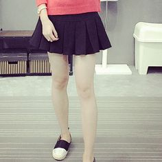 Street Fashion A-line College Wind pleated skirt