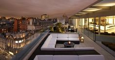 Meet the top 10 mind-blowing rooftop bars in the world / private club, bar design project , rooftop bars / #bardesignproject #rooftopbars #barinnyc / Read more : http://www.designcontract.eu/uncategorized/meet-mind-blowing-rooftop-bars-world-2/