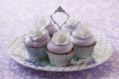 #CakeDecorating #Issue20 Blossom #Cupcakes Perfect for Sunday with tea or coffee! ;-)