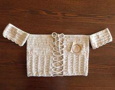 Croptop de hilo 100% algodón a crochet. Color beige Se puede con la abertura hacia adelante y hacia atrás.  #crochet #croptopacrochet #crochetcroptop #crochettop #topacrochet #top #tejido #croptejido #handmade #hechoamano #moda #diseño #hippiechic #Chile #Santiago #concepcion #viña #antofagasta #love #sexy #modamujer #modelo