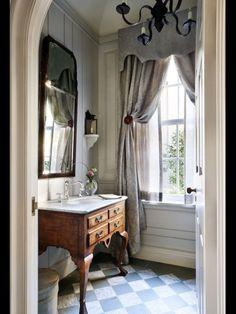 beautiful powder rooms | Powder Rooms.....BEAUTIFUL FOR HALF BATH !!!'Cherie