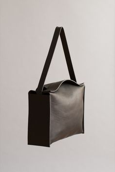 BALLAST WEEKENDER   CHIYOME - Minimalist Handbags