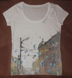 hand-painted t-shirts. by kalinatoneva on deviantART T Shirt Painting, Fabric Painting, Fabric Art, Paint Shirts, Tie Dye Shirts, Textile Dyeing, Bird Applique, Painted Clothes, Fashion Painting