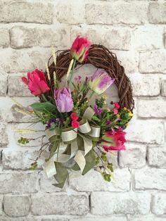Tulip Spring Wreath Tulip Wreath Easter by AdorabellaWreaths