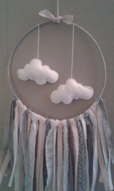 attrape reve gris rose poudré petits nuages