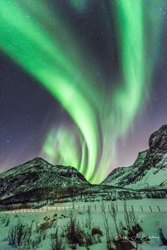 Glorious Green - Eruption of solar storm paints the sky green with amazing aurora activity