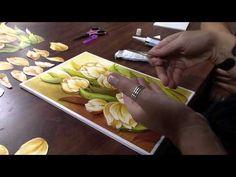 Mulher.com 30/09/2011 - Flor em Arte Francesa - YouTube Doll Videos, 3d Paper Art, Clay Wall Art, Fusion Art, Bob Ross, Paper Decorations, Painting Tips, Cookie Decorating, Flower Art