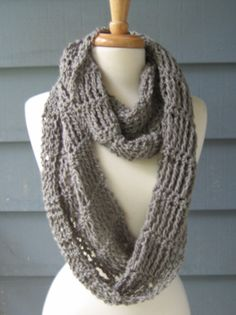 RESERVED for those who Crochet - CROCHET PATTERN -  Ripley Infinity Scarf. $4.50, via Etsy.